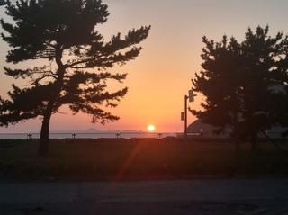 tuchida 5青森 浅虫海岸に沈む夕陽.jpg
